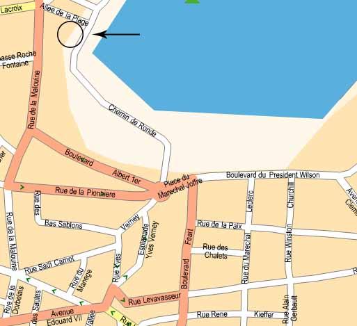 L'emplacement de l'appartement à louer sur la plage de Dinard